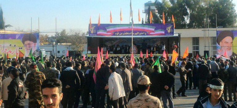 جمعی از اعضای پایگاه مقاومت سازمان جهاد کشاورزی استان فارس