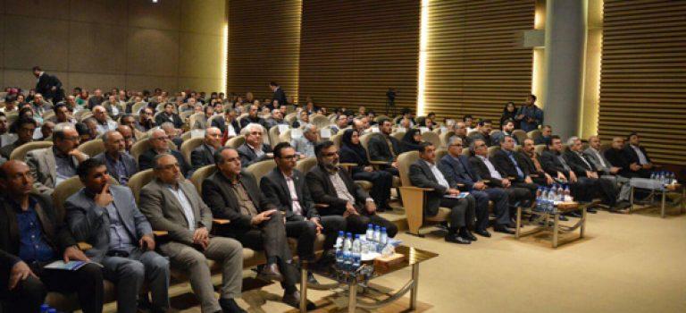 مراسم هفته صادرات و تقدیر از صادر کنندگان نمونه استان فارس