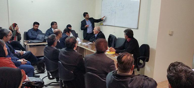 جلسه هم اندیشی پیمانکاران انجمن مهندسی آب فارس و آموزش اسناد خزانه اسلامی